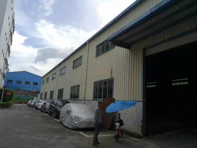 清湖地铁口300米高新工业园新出单一层8米钢构1550平方