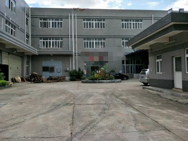 黄江镇中心附近工业区原房东分租二楼2100平米