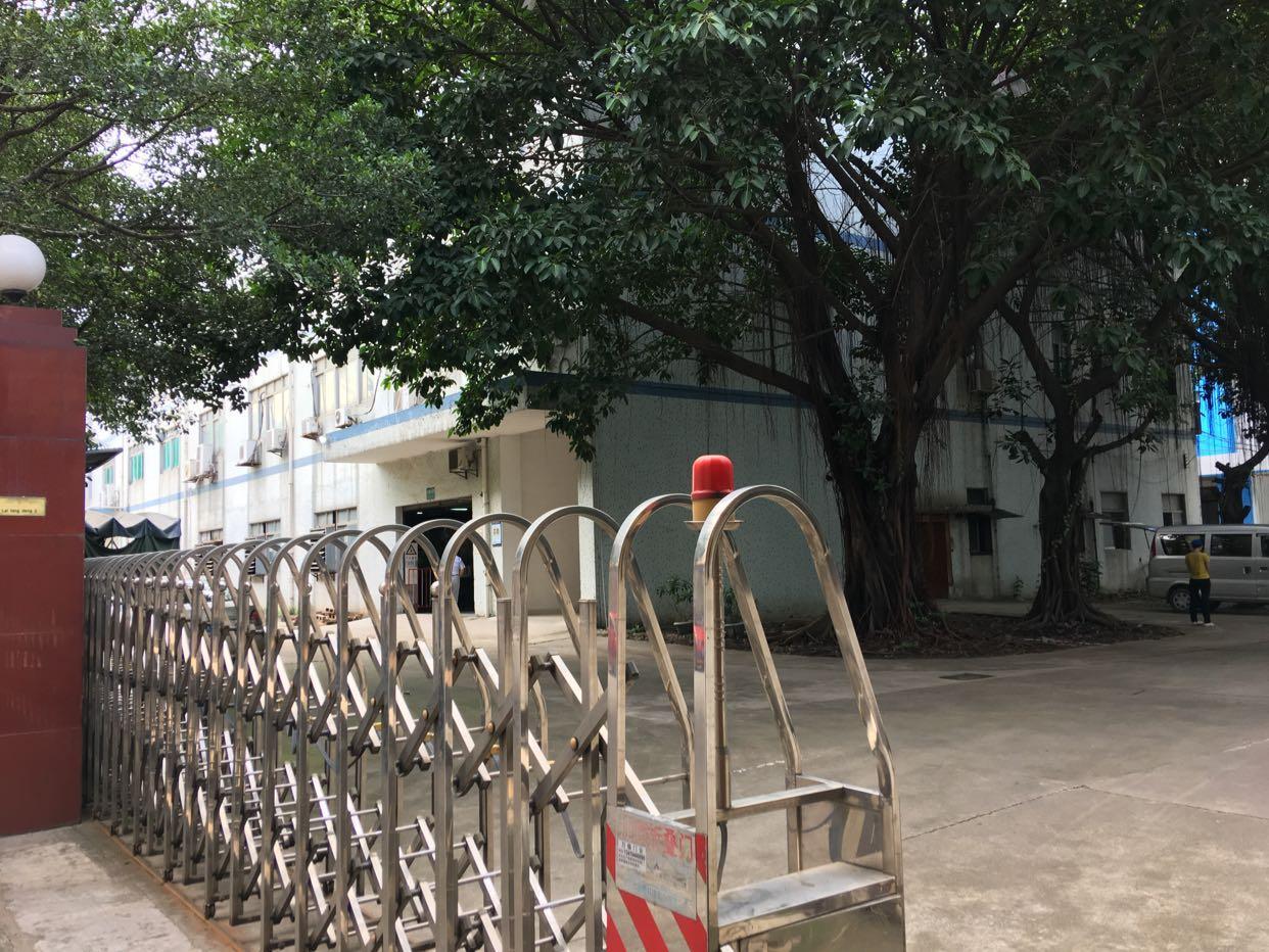 西乡黄田新出独门独院1-4层8000平厂房出租