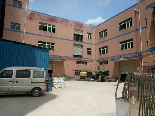 大岭山镇新塘村独院厂房1-3层总面积4700平米招租