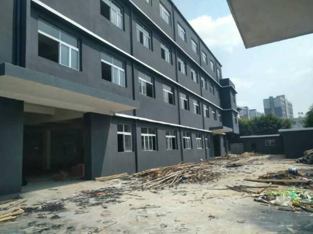 新出厂房三层4600平方,单一层仓库500平方