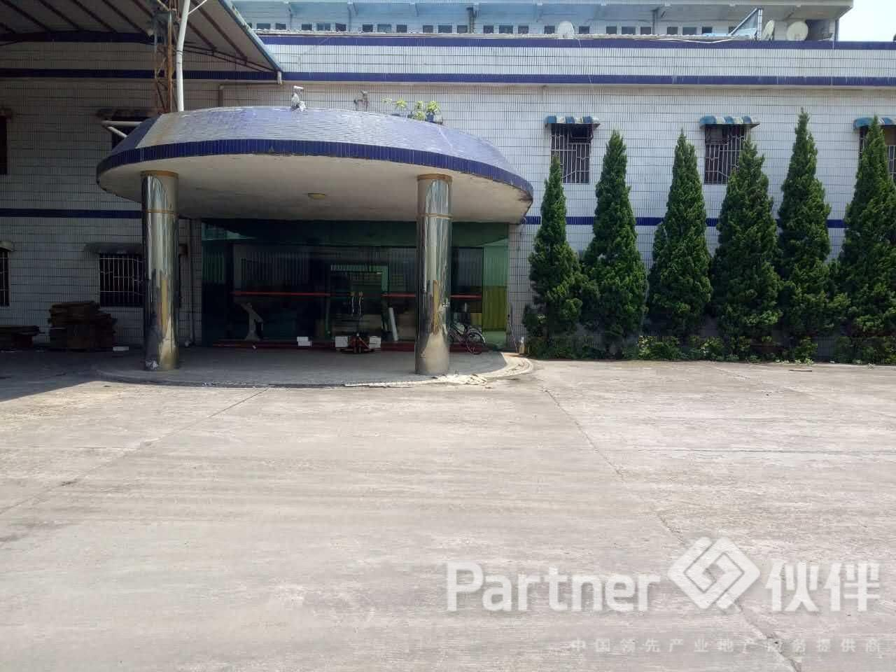 (出租)黄江镇现成15吨行车钢构厂房12500平米火爆招租