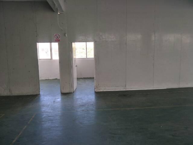 西丽镇白芒关口1550平楼上厂房出租