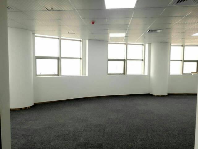 志连达精装写字楼招租,最小80平起,可带家具出租,70每平米