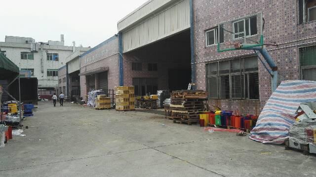 松岗燕川独栋钢构7500平米现已空出可随时入住厂房出租
