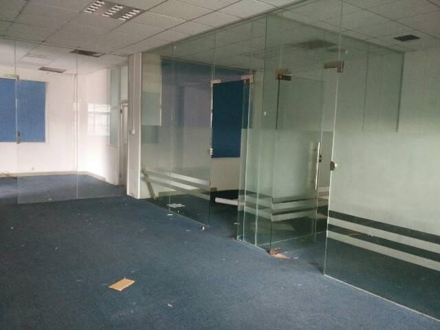 黄江镇北岸新出一楼1500平米豪华装修办公室厂房