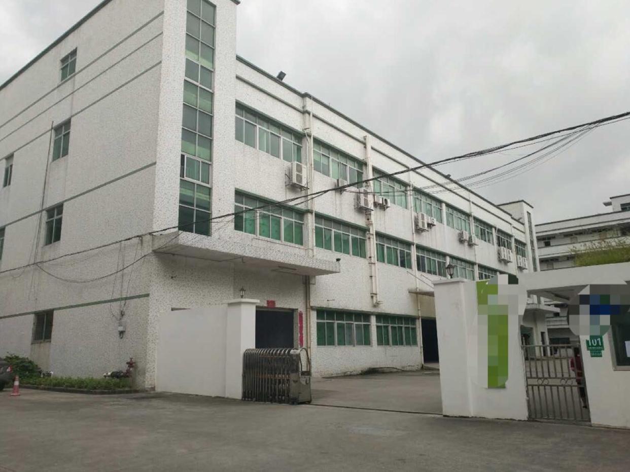 光明新区南光高速出口村委直租8000平米独院厂房,合同8年