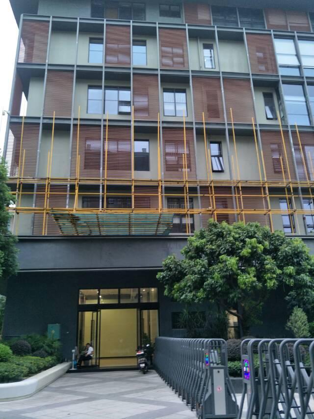 福永福海楼上900方带装修标准厂房