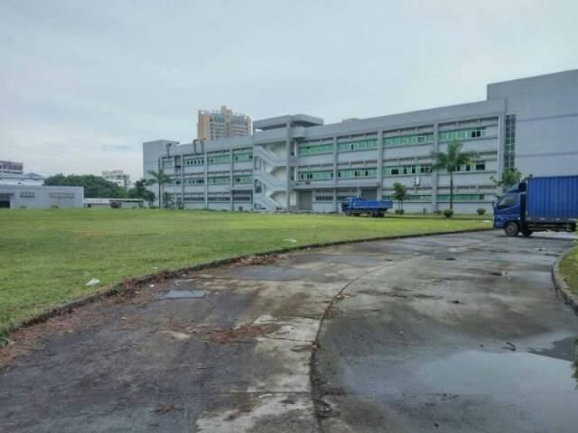坪山标准工业区厂房20000平低价出租