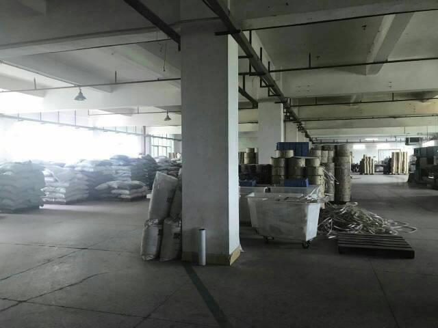 东莞市茶山镇增埗新岀楼上2300平方低价招租