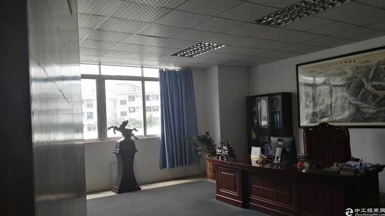 观澜牛湖新出1500平楼上带装修厂房招租-图3