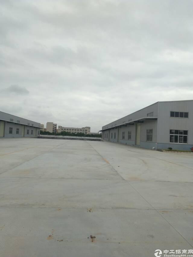 坪山新出独院十米钢构厂房8000平可以分租