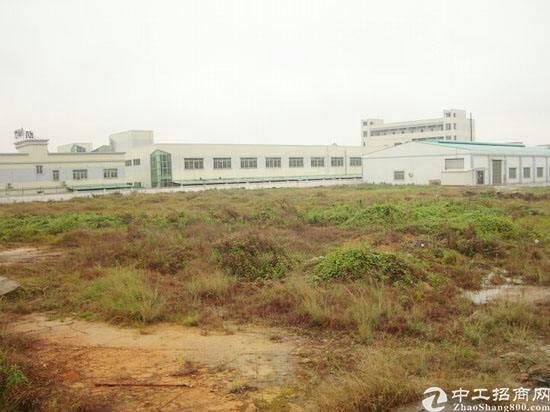 原房东厂房9500平方每平10块另加7万空地