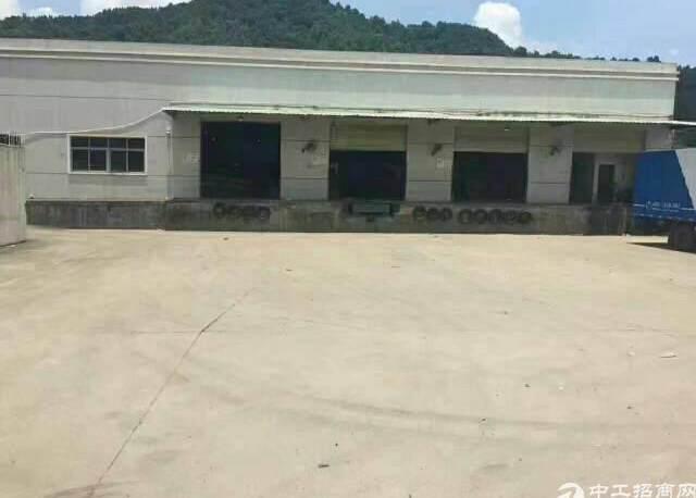 横岗新出一楼钢构仓库9600平,带卸货平台,高速口,空地大