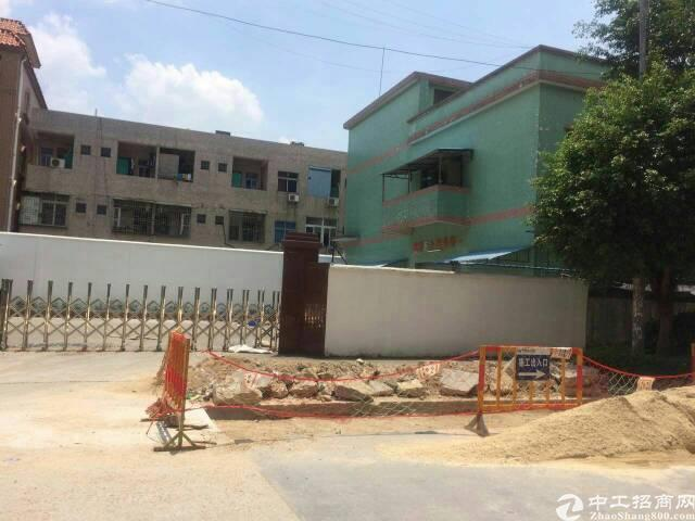 黄江镇社贝村独院标准厂房4000平米出租