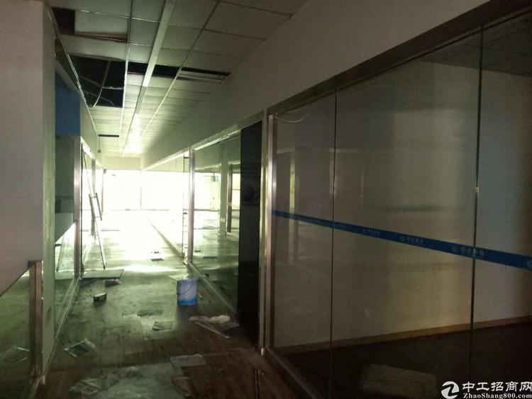 龙华清湖地铁口400百米精装修2楼1150平出租-图3