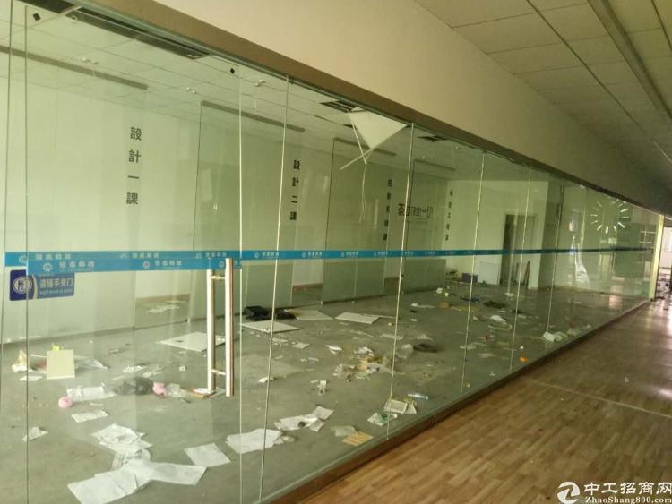 龙华清湖地铁口400百米精装修2楼1150平出租-图2