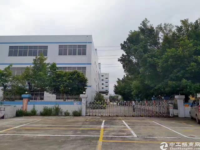 王子酒店附近5600平方标准一楼厂房出租