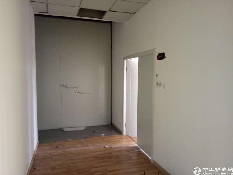 龙华清湖地铁口400百米精装修2楼1150平出租-图6