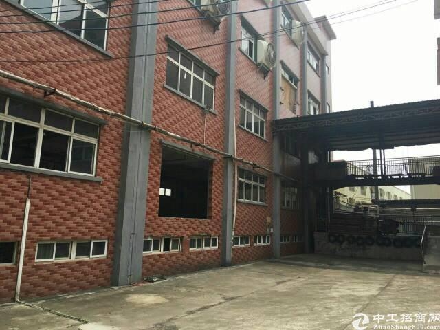 大朗镇新出花园式厂房分租楼上3楼1300平方有电梯出租