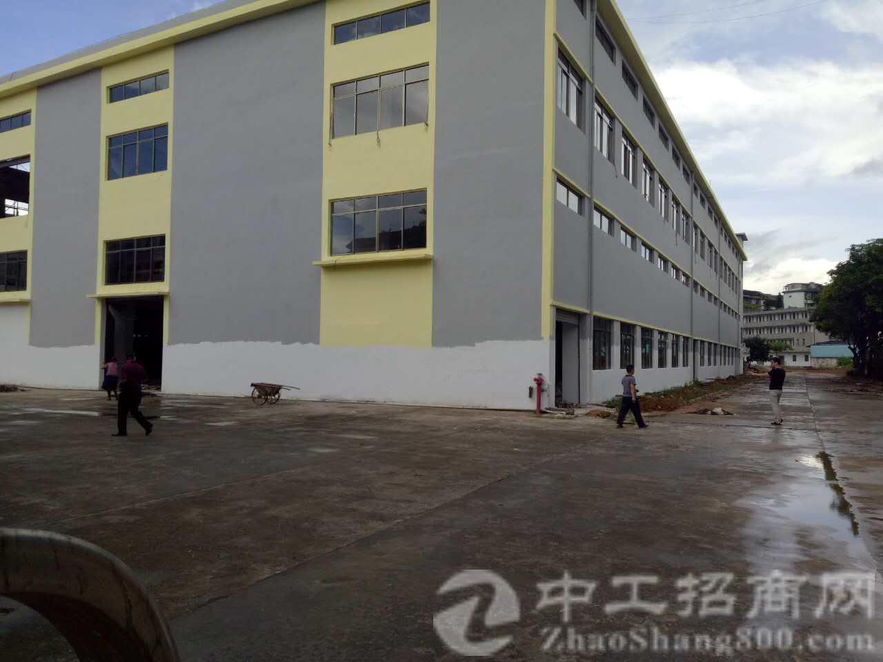 塘厦全新厂房两层6000平米,一楼9米高,二楼6.5米高-图2