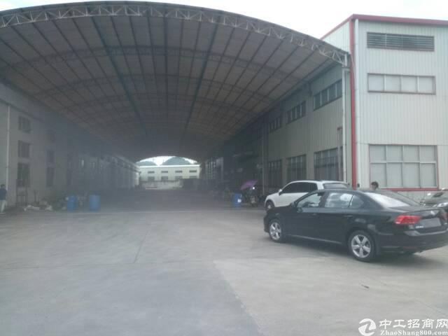 光明2万平方钢构十米高低价出租