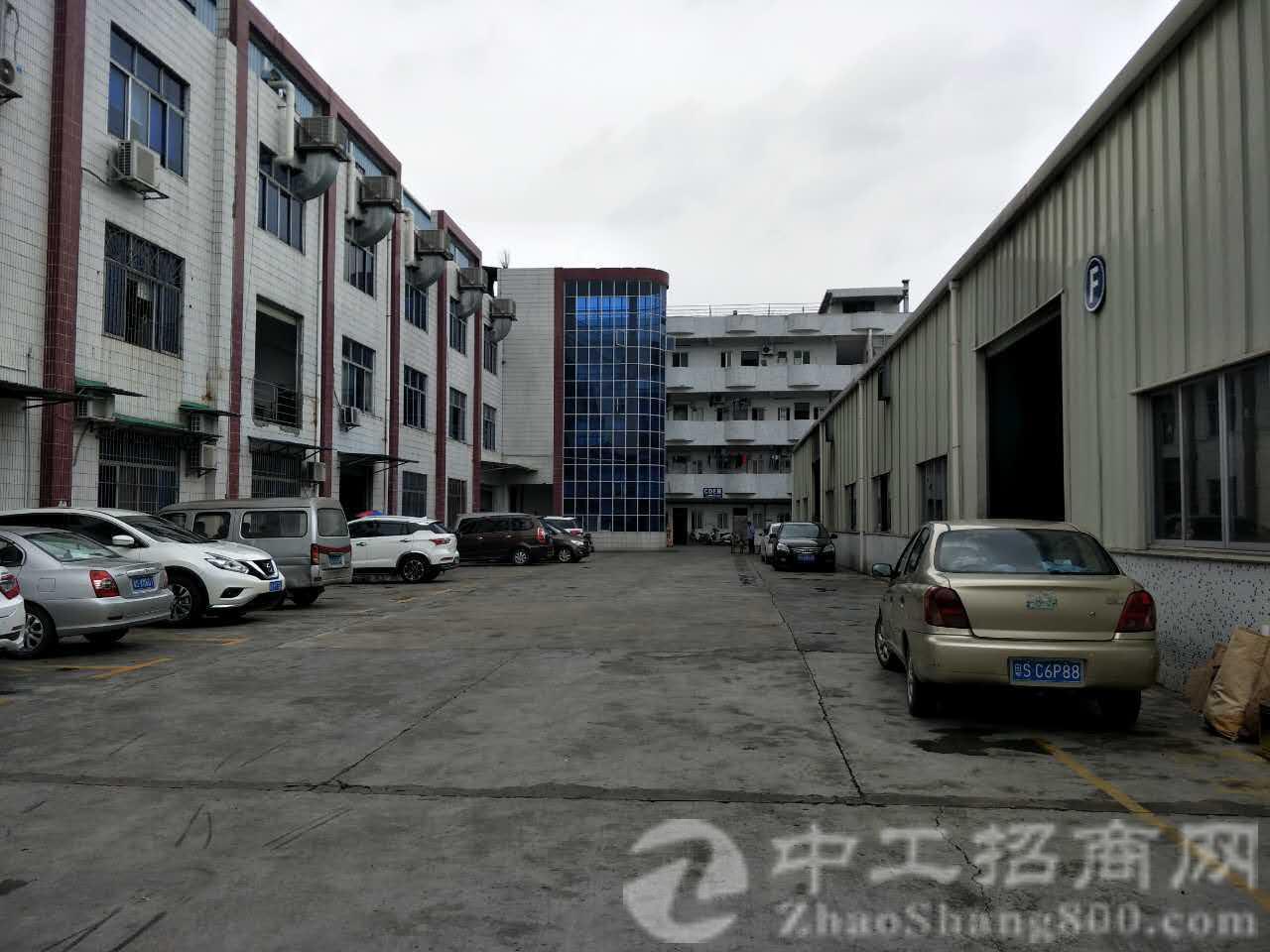 黄江镇建筑 8500 ㎡ 国有产权厂房低价出售