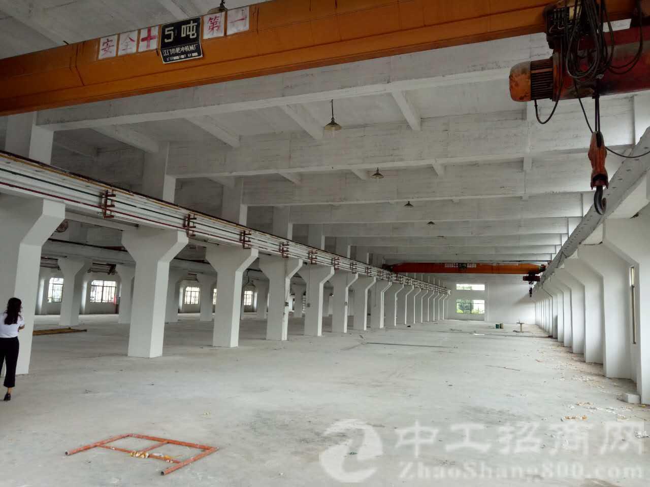 塘厦全新厂房两层6000平米,一楼9米高,二楼6.5米高