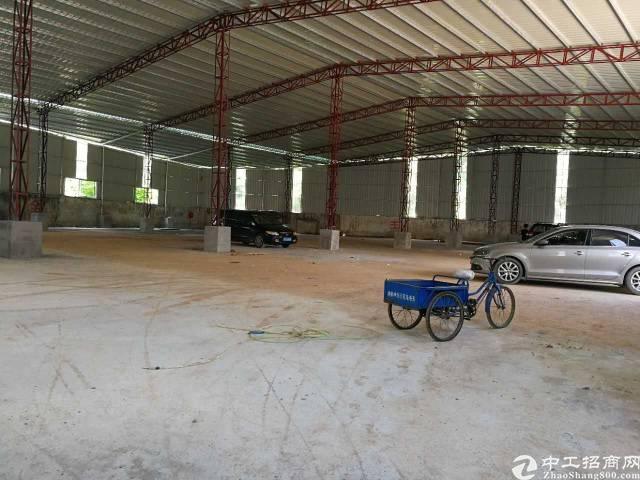黄江全新小独院招租,厂房面积2000㎡靠山