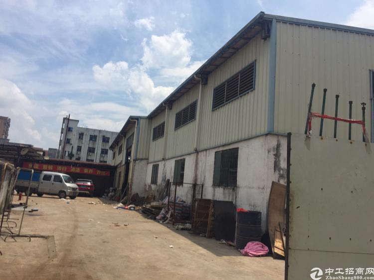 东莞大朗镇象山工业城刚刚空出单一层独院厂房2000平