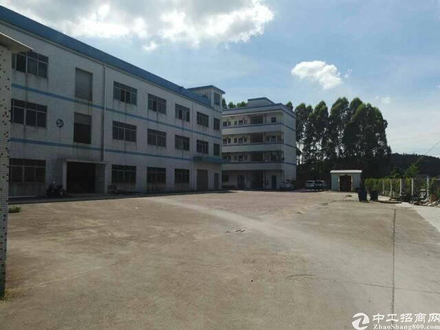 坪山新区坑梓老坑工业区独院厂房分租7200平方