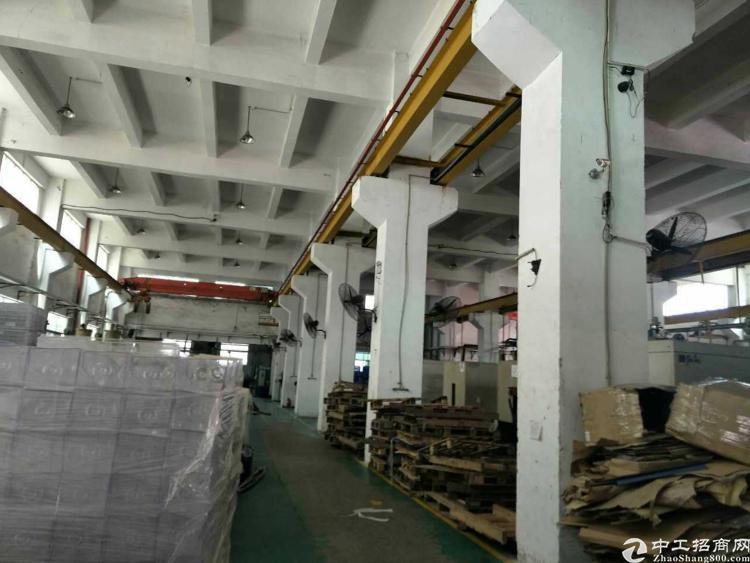 松岗龙大高速原房东重工业厂房一楼2000平米送10吨行车