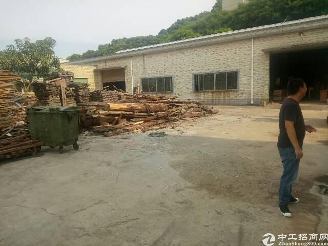 平湖清平高速出口独门独院1980平方米钢构厂房招租