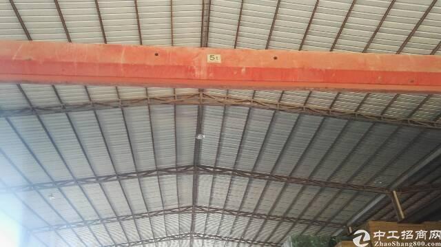 燕川广田边单一层钢构1300平方 有装修  九米高