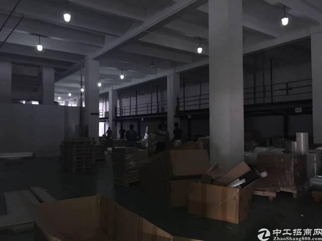 龙华地铁站附近,950平仓库出租-图2
