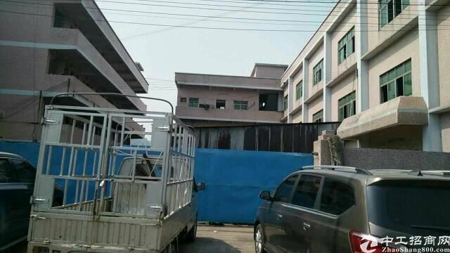 黄江高速出口旁新出独院厂房6500平方