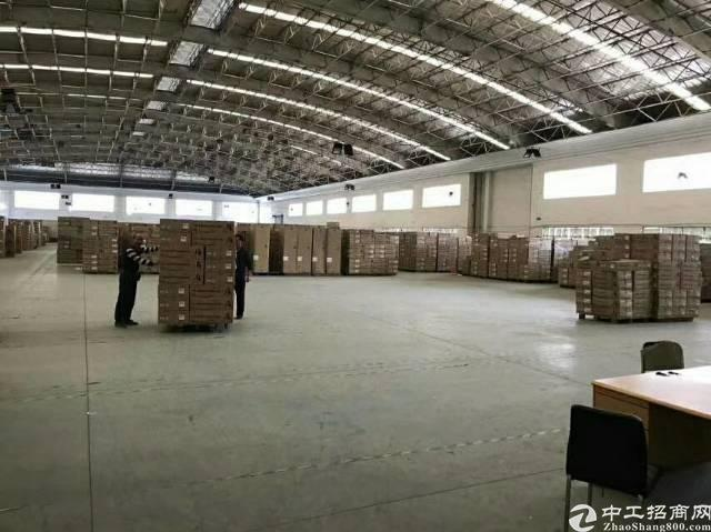 清溪国有证占地面积11200平方,总建筑面积10000平方,