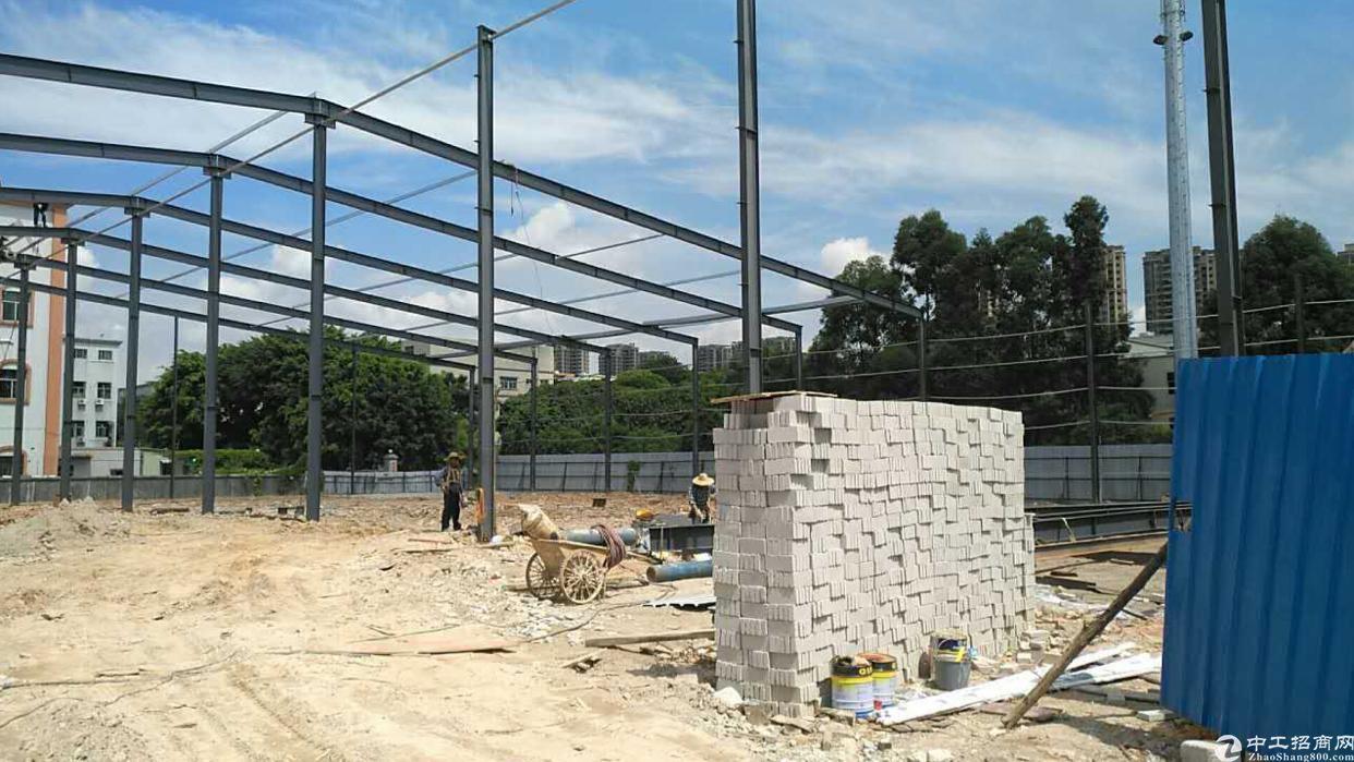 常平在建钢构厂房3000平方