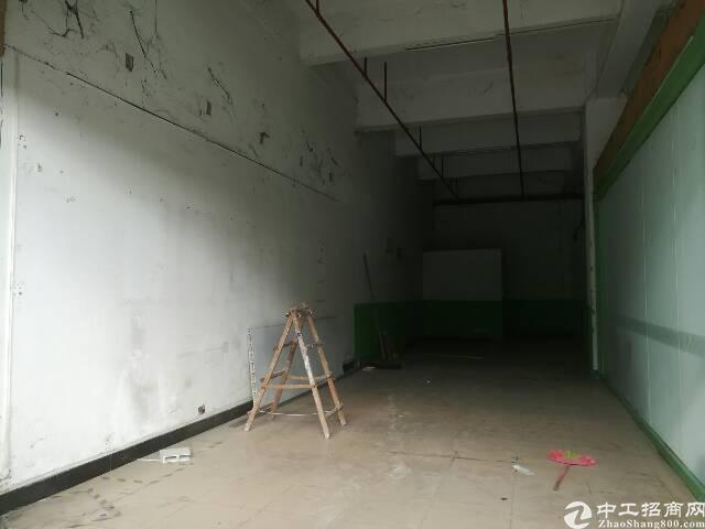 松岗罗田龙大出口50米1楼物流仓库400㎡招租