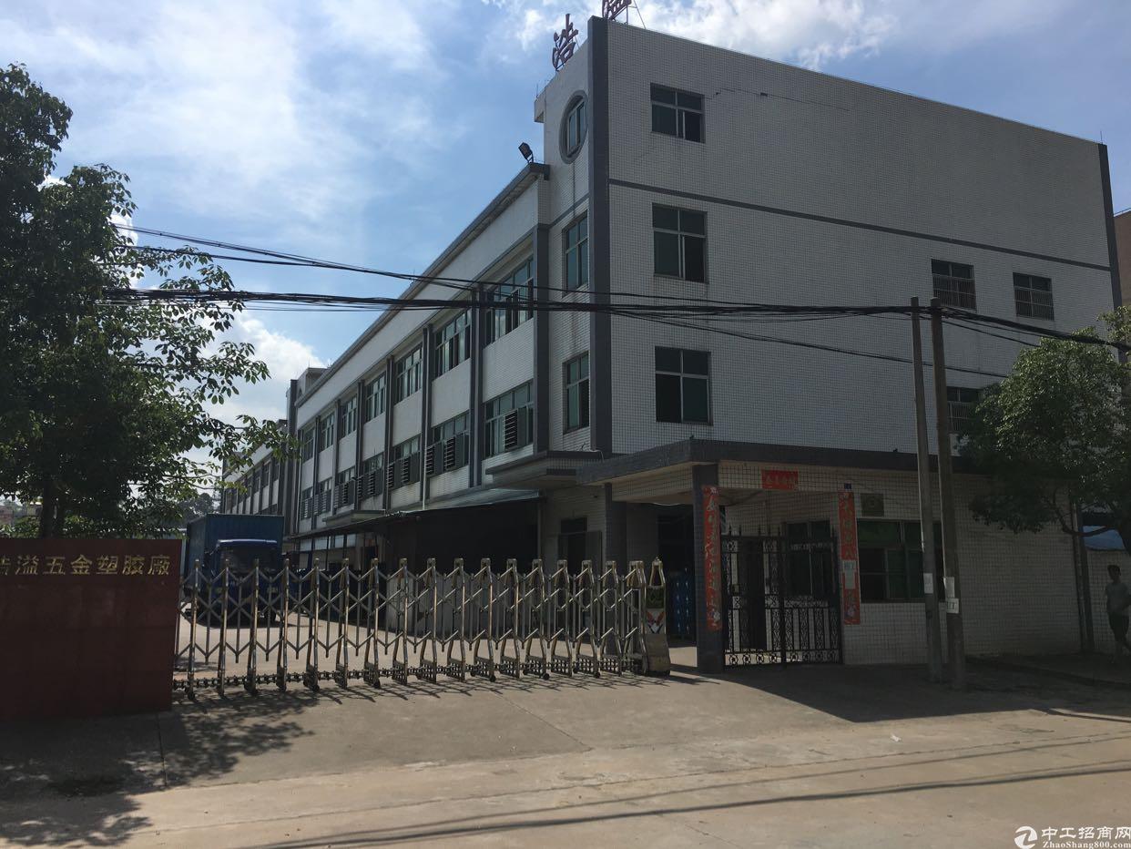 独院3层3600平方厂房出租