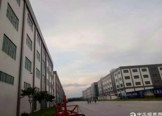 大型物流仓库厂房11万平米出租