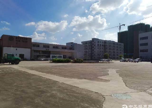 坪山物流仓库独栋厂房1-3层8000平