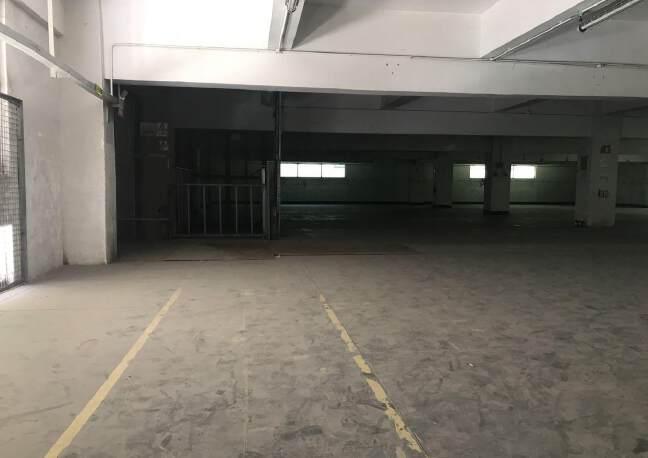 横岗街道大康社区2000平仓库招租,带有宿舍1000平出租