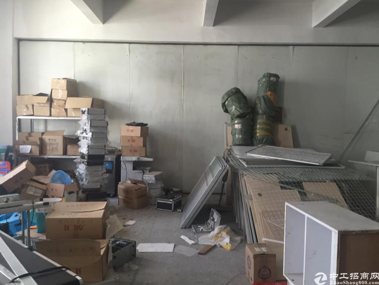 横岗永湖地铁站附近楼上精装修厂房出租