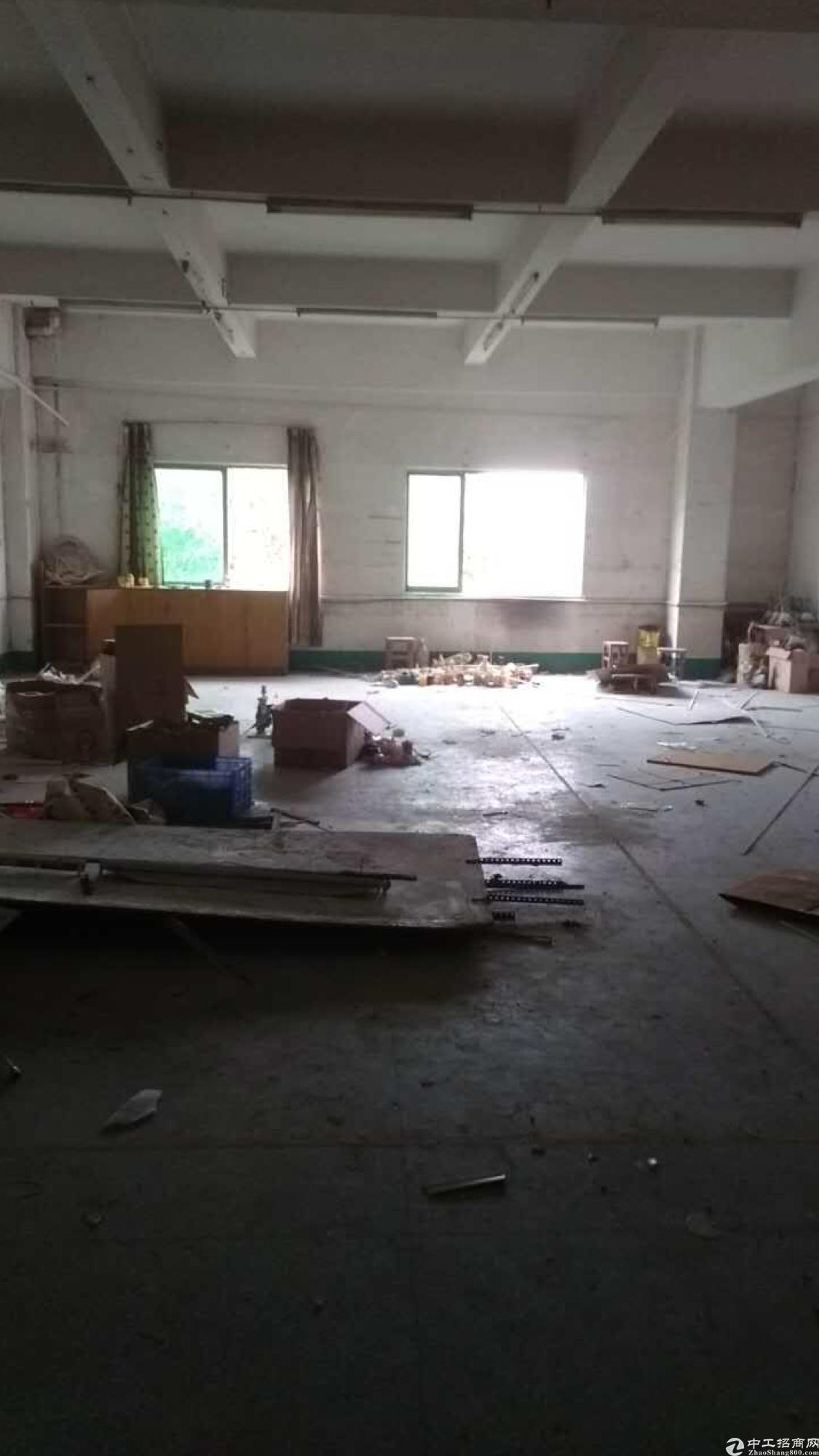 黄江工业园内分租3楼小面积厂房