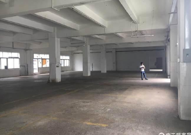 横岗六约社区地铁口旁大型工业区内仓库2200平方