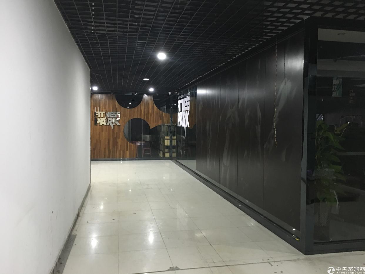 龙华大浪同富裕工业区2楼1625平办公仓库出租-图2