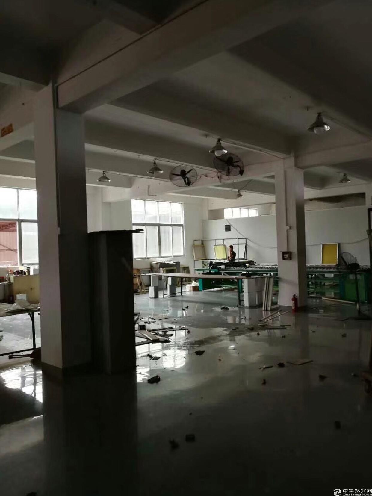 松岗大田洋工业区精装修厂房1800平米出租