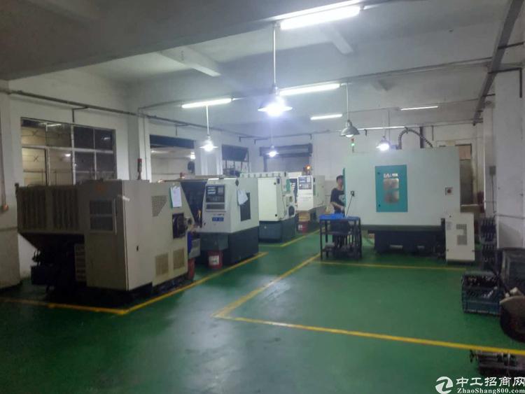 长安乌沙大润发旁新出楼上带办公室精装修厂房320平方招租-图2