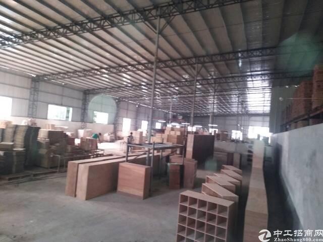 东城主山独院单一层厂房高8米